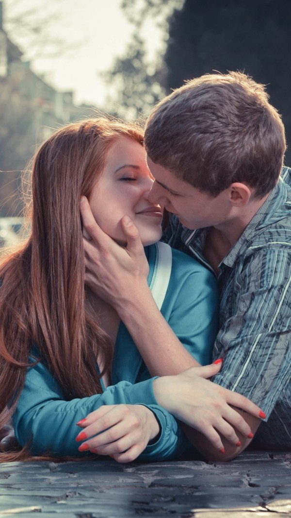 Kissing Wallpapers HD 2018 (65+ images)