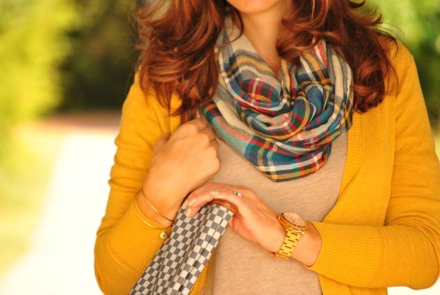 yellow-sweater-plaid-scarf