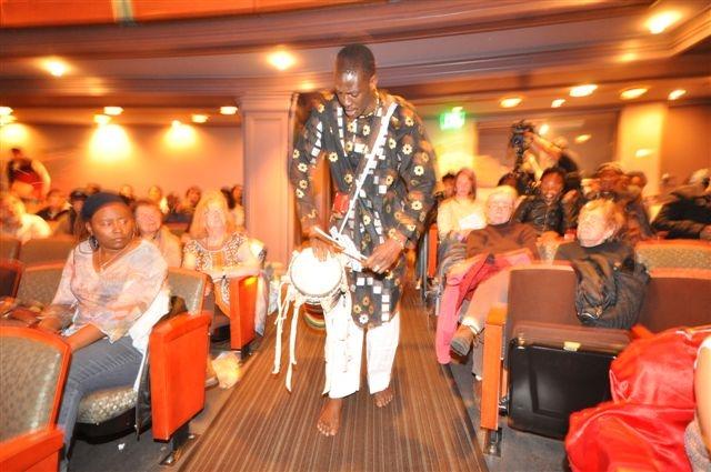 Moustapha plays Tagumbar.