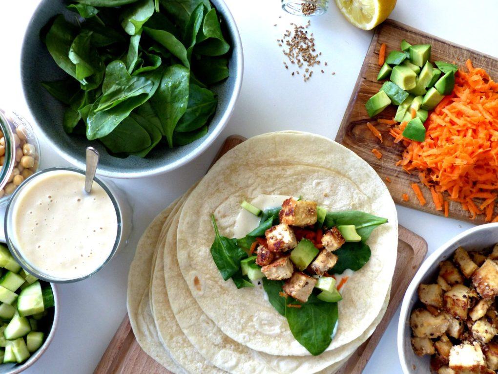 Rezept Wraps Burritos vegan Tortillas Salatwraps marinierter Tofu