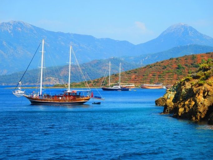 Kleopatra Adası