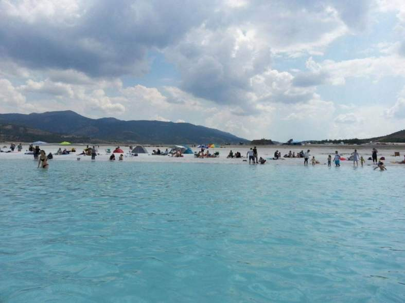 Salda Gölü sahili