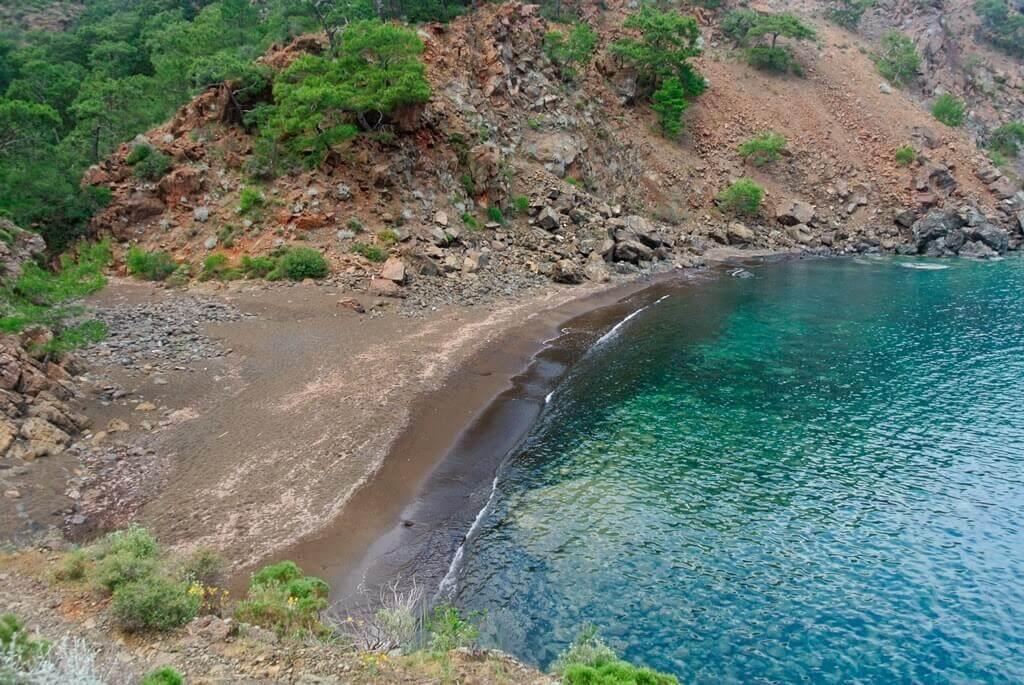 Maden Koyu koyu deniz