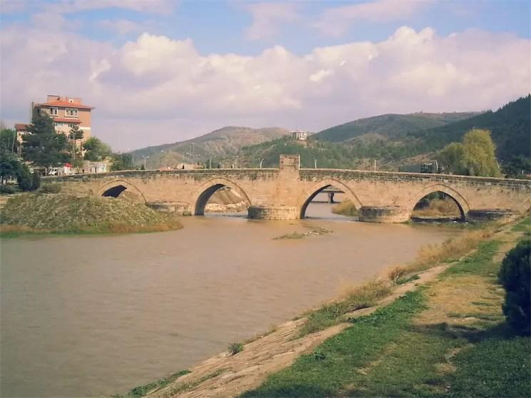 Tokat-Gezilecek-Yerler-Hidirlik-Koprusu