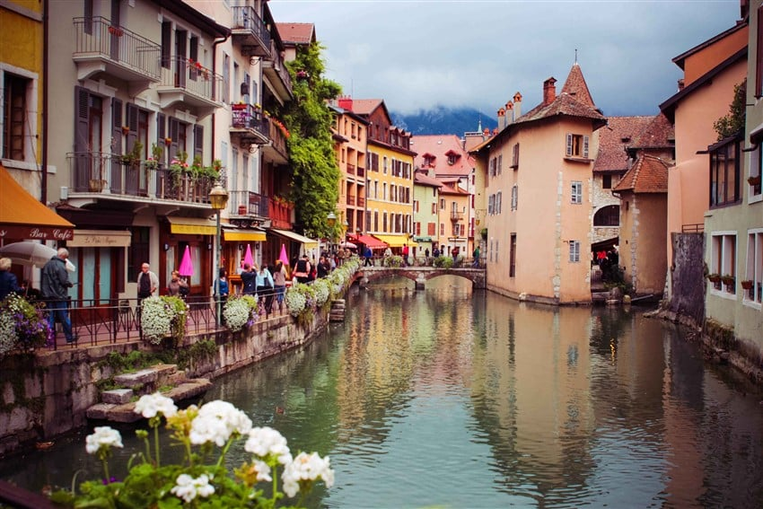 Annecy-France (850 x 567)