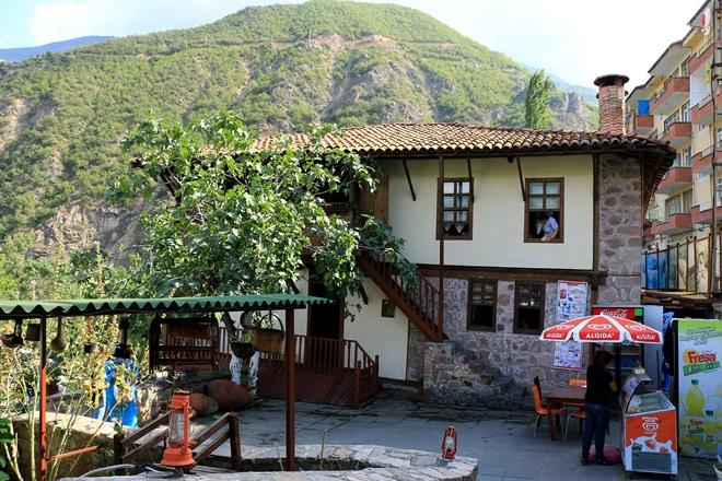 gezgindergi-turkiye-derin-vadilerin-sehrine-dogru (5)