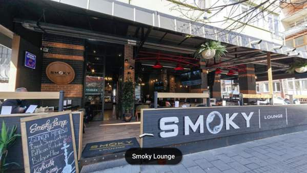 Smoky Lounge