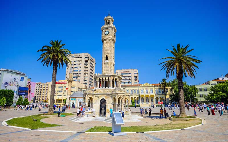 İzmir-Gezilecek-Yerler-İzmir-Saat-Kulesi