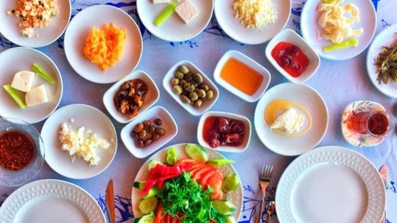 Mersin-Yörük-Kahvaltısı