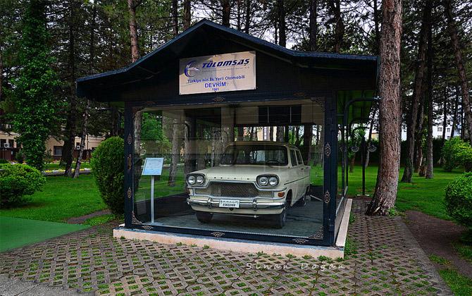 Eskişehir-Gezilecek-Yerler-Devrim-Otomobili