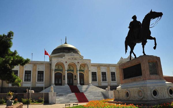 Ankara-Etnografya-Müzesi-Ankara-Gezilecek-Yerler-Gezi-Biletim