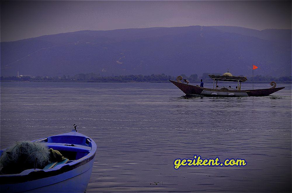 Orda bir köy var; O köy Bursa'nın cennet köşesi Gölyazı