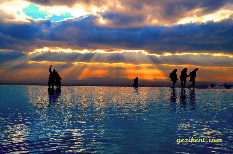 Türkiye'de Güneşin En Güzel Doğduğu ve Battığı Yerler-Pamukkale