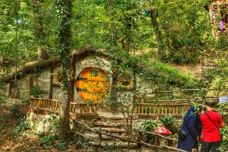 Ormanköy Hobbit Evleri