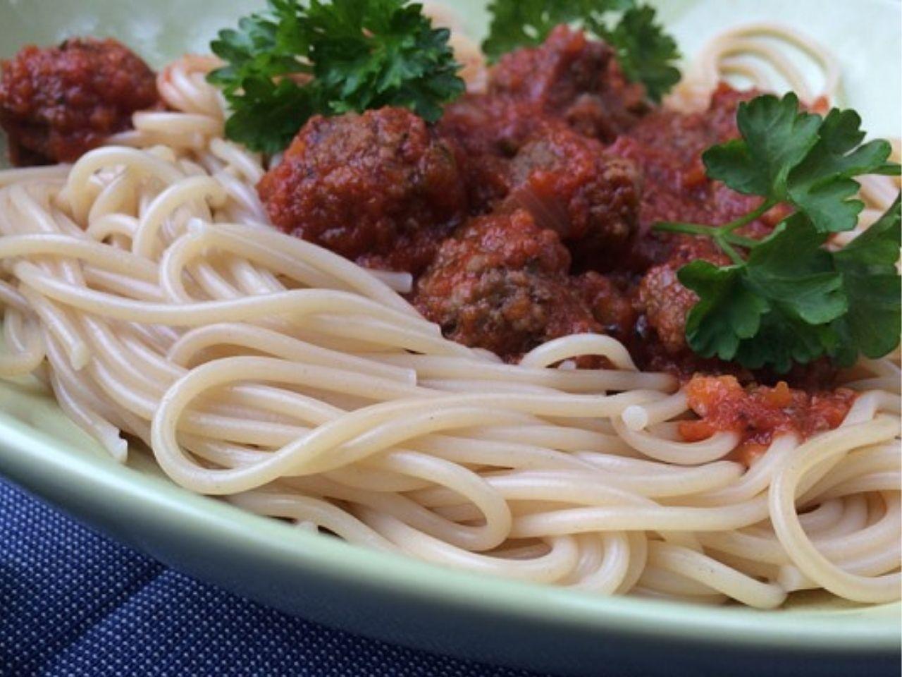 Spaghetti recept met verborgen groenten en ballen