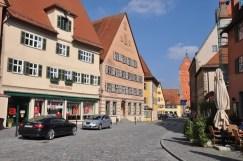 Wörnitz Tor'a uzanan cadde
