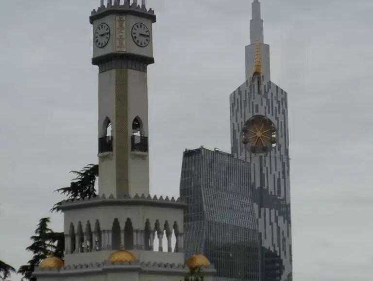 Batum Sahilinden Chacha Tower - Batum Gezi Rehberi