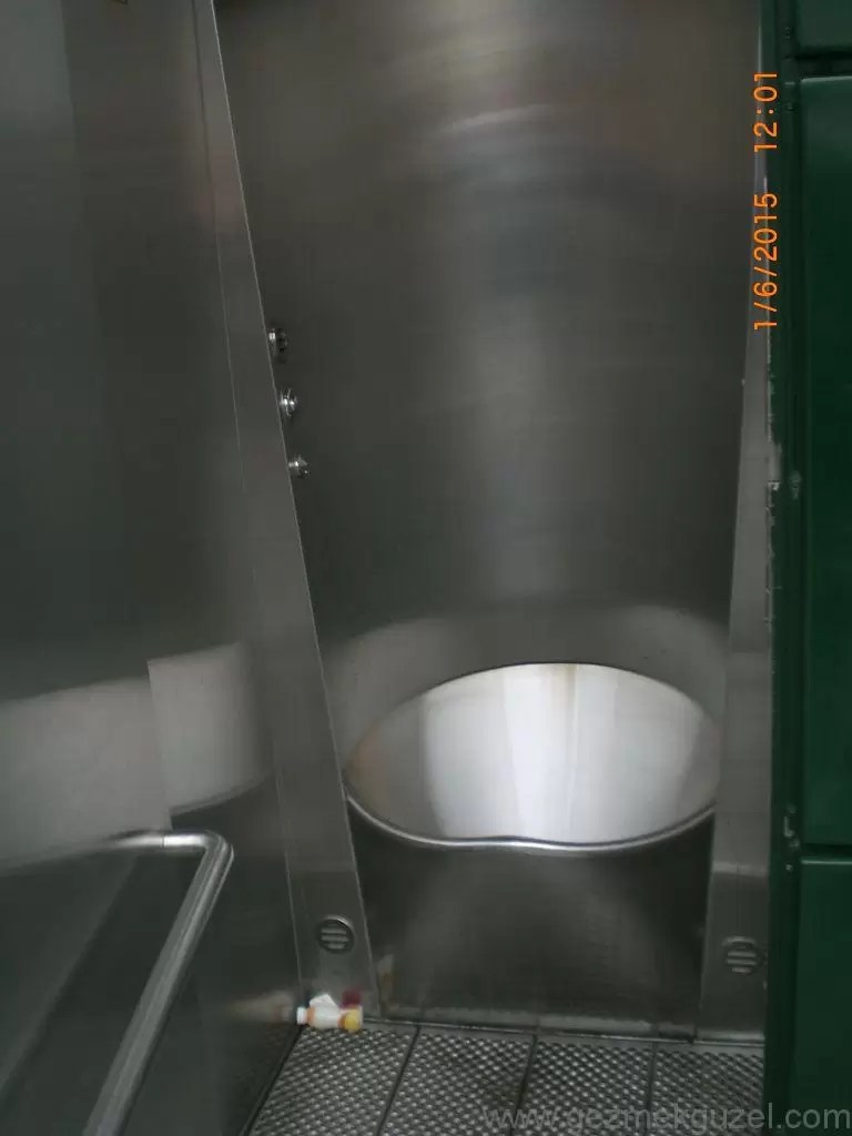 Jetonlu Tuvalet, Helsinki Gezisi, Baltık Başkentleri Gezisi