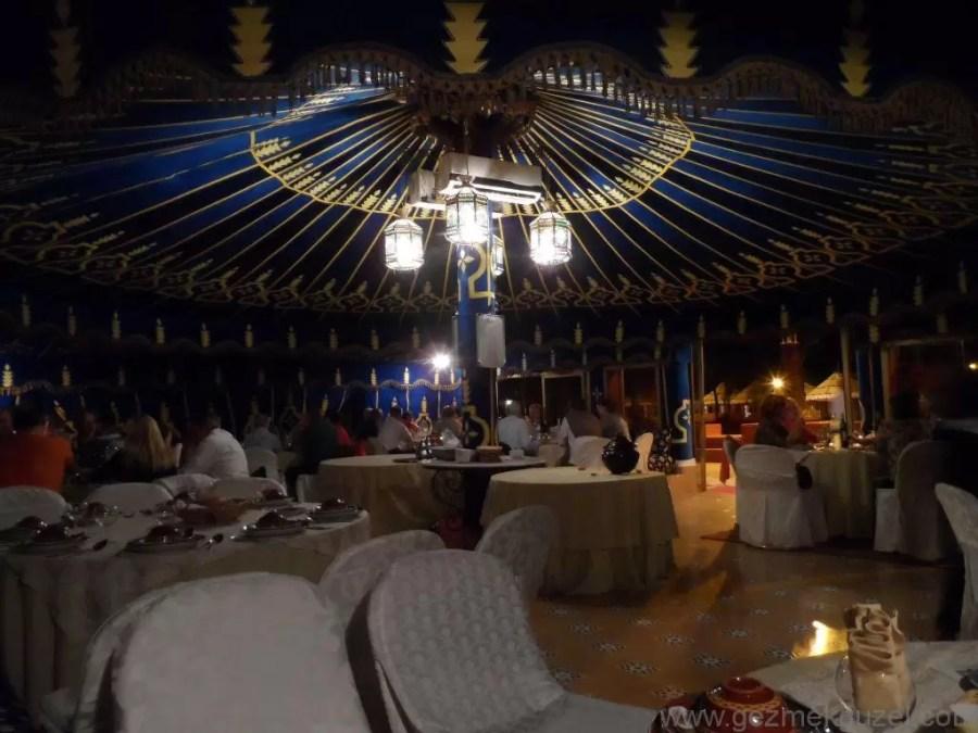 Marrakesh Geceleri Chez Ali