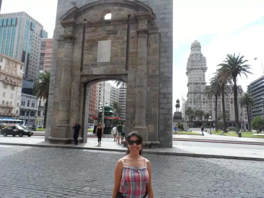 Montevideo Bağımsızlık meydanı