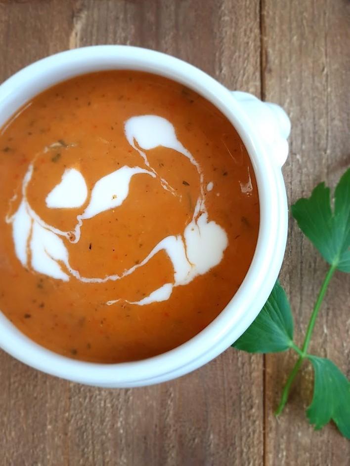 recept voor Kruidige wortel-paprikasoep