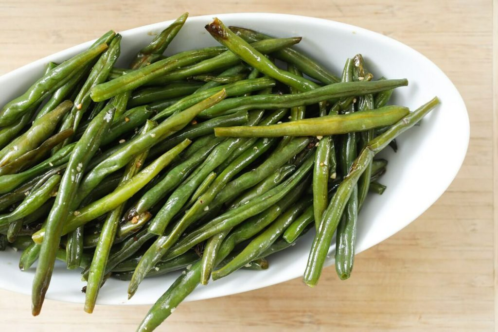 Garlicky Roasted Green Beans Recipe