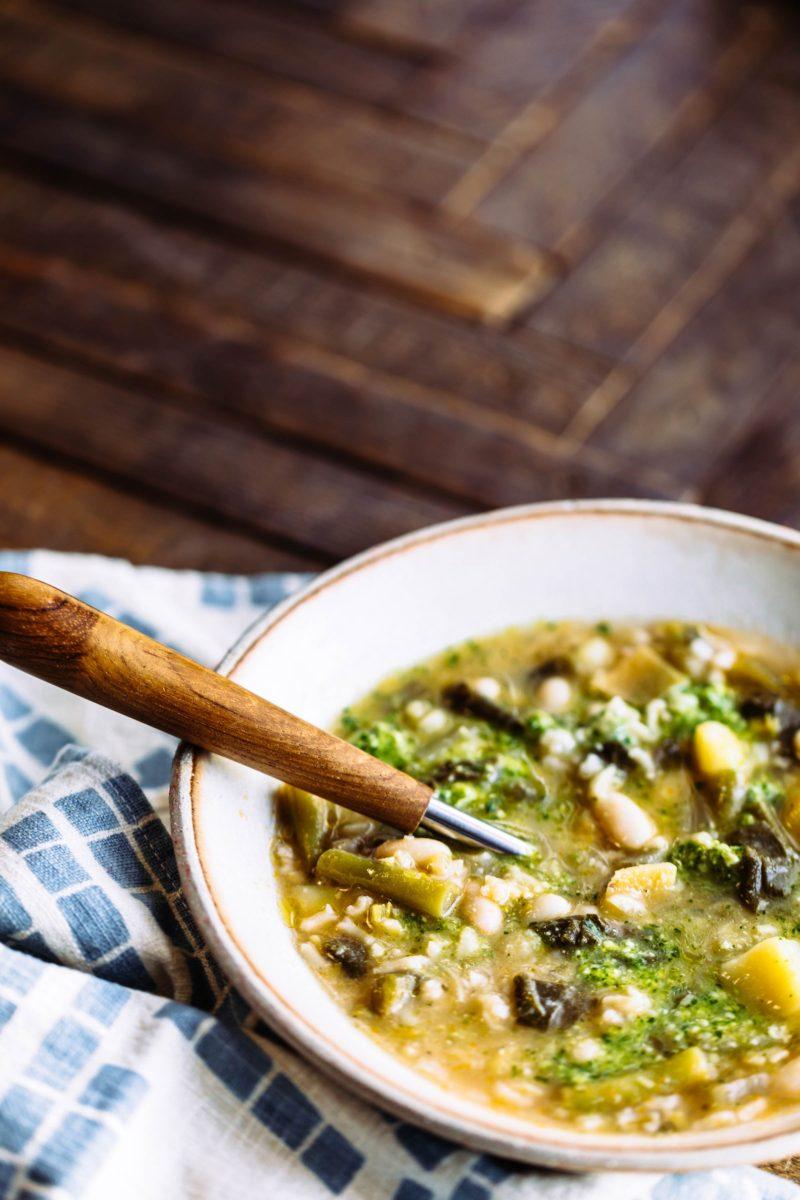 Green Bean and White Bean Soupe au Pistou