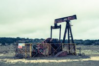 Panorama general de la bomba para sacar petróleo.