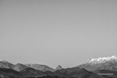 Este es el pico Peñamellera, en Asturias, visto desde la cruz.