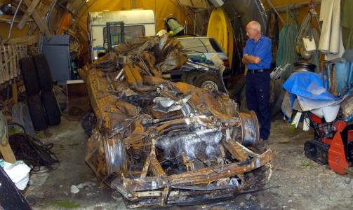 Bilvraket etter ulykken i Eiksundtunnelen