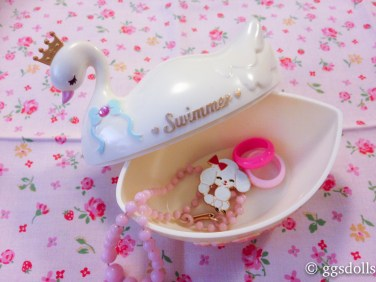 swimmerswancontainer-4
