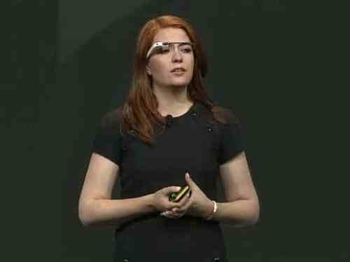 google-io-glasses-girl