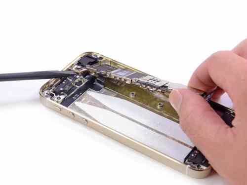 ifixit-iphone5s-teardown-16