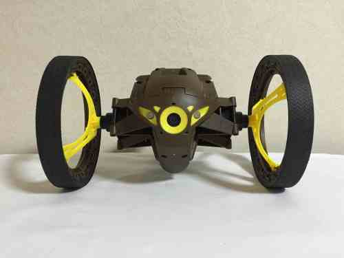 parrot-jumping-sumo-06