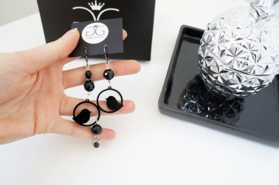 Black bird dangling earrings GG unique