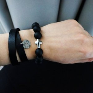 GG UNIQUE BLACK ONYX LEATHER SWAROVSKI CROSS