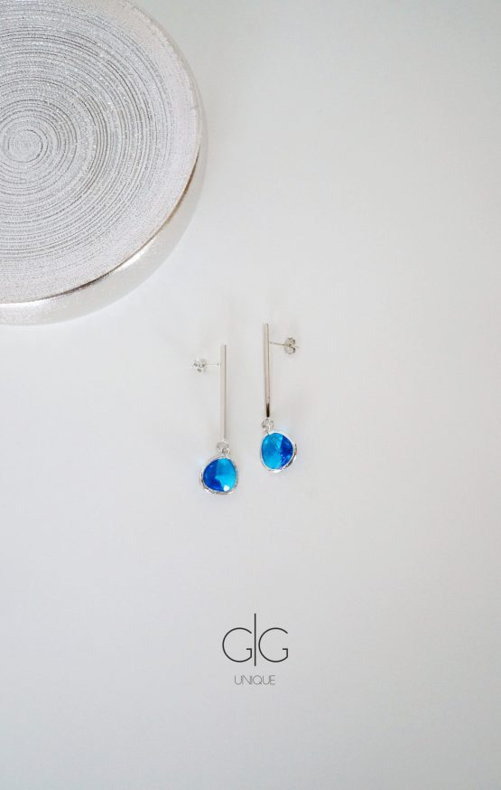 Silver color hanging blue eye earrings - GG UNIQUE