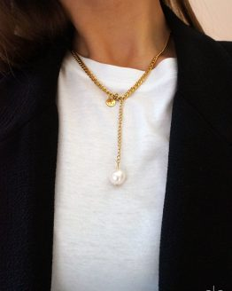 Gold color necklace with a freshwater pearl - GG UNIQUE