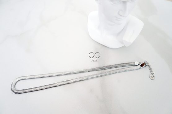 The minimal snake style necklace chain in silver - GG UNIQUE