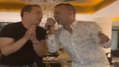 صورة بالفيديو.. فضيل يفاجئ المغاربة بغنائه الشعبي مع فاطمة التاويل
