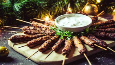 صورة مطبخ عيد الأضحى.. طريقة عمل الكفتة المشوية بالبقدونس