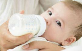 نصائح للإعتناء بطفلك الرضيع في أشهره الأولى