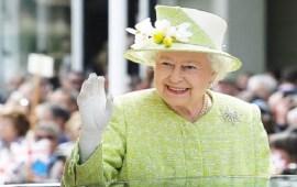 أمور لا يمكن القيام بها أمام الملكة إليزابيت