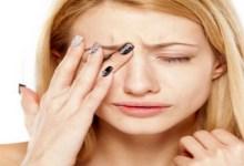 صورة ما هي أسباب الشعور بالألم حول العين؟