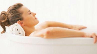 صورة تعرفي على أفضل وقت للإستحمام