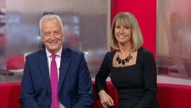 """صورة مذيعة الـ """"بي بي سي"""" تتعرض لموقف محرج بعد تمزق فستانها- صور"""