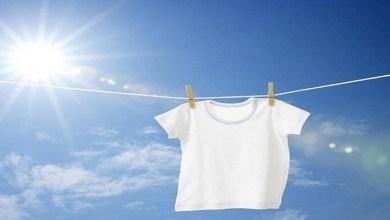 صورة تعرفي على الطريقة الصحيحة لغسل الملابس البيضاء