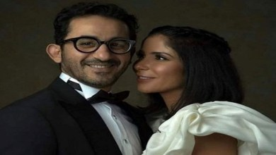 """صورة بسبب """"الصندوق الأسود"""".. أحمد حلمي يدعم زوجته منى زكي -فيديو"""