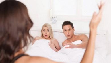صورة أربعة علامات تؤكد لك بأن حبيبك يخونك