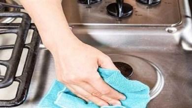 صورة أسهل طريقة لتنظيف سطح وعيون الغاز